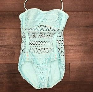 🌟Summer Sale 🌟 NWOT Robin Piccone Bathing Suit